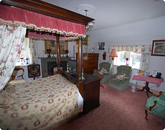 Elton Holidays - Bed and Breakfast Accommodation - Double Room