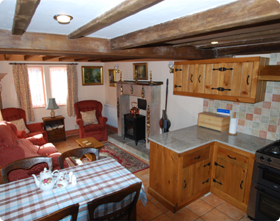 Self Catering Accommodation - Elton, Peak District